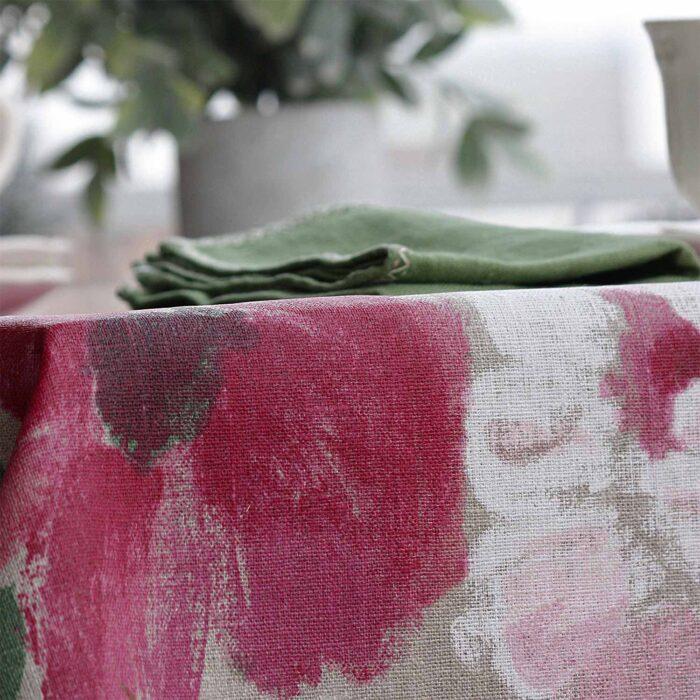 detalle tejido lino antimnachas flores